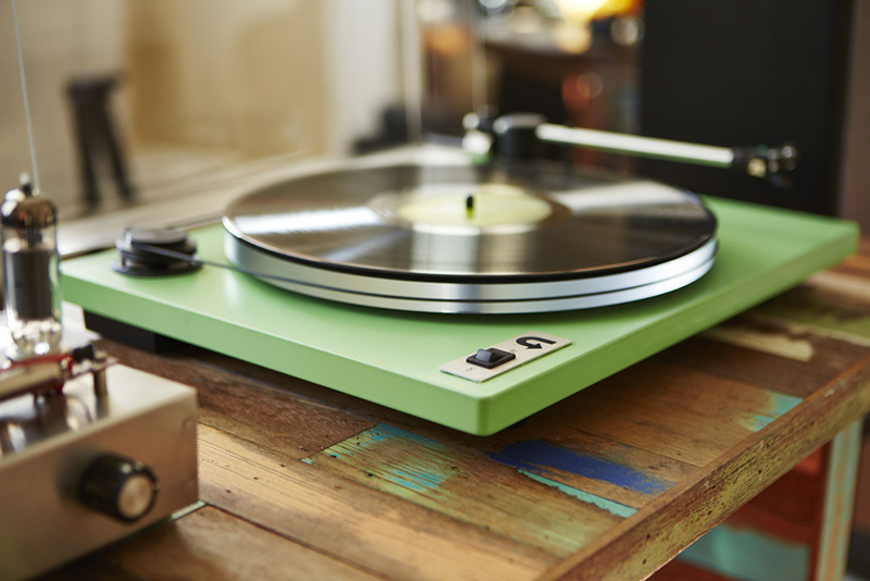 Best New Turntables Under 500