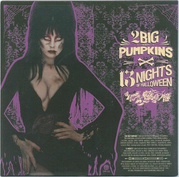Elvira - 2 Big Pumpkins