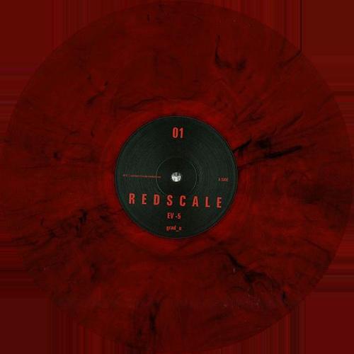 Grad_U - Redscale 01