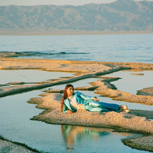 Weyes Blood - Front Row Seat To Earth