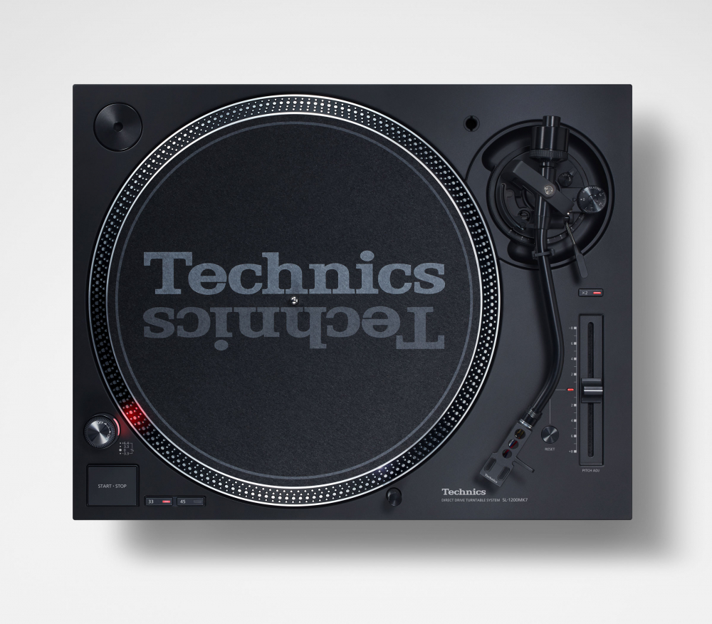 Technics unveils new SL-1200 MK7 and SL-1500C turntables