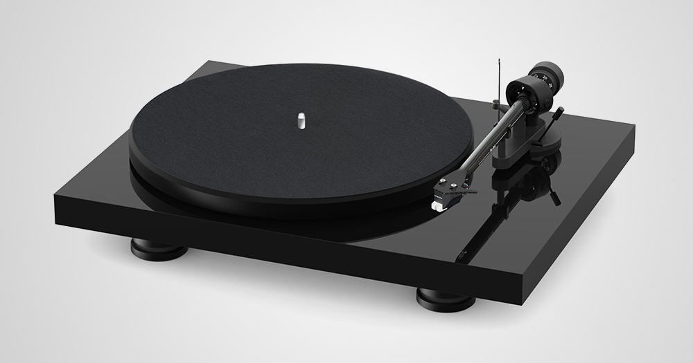 Pro-Ject launches new Debut Carbon Evolution record player cover