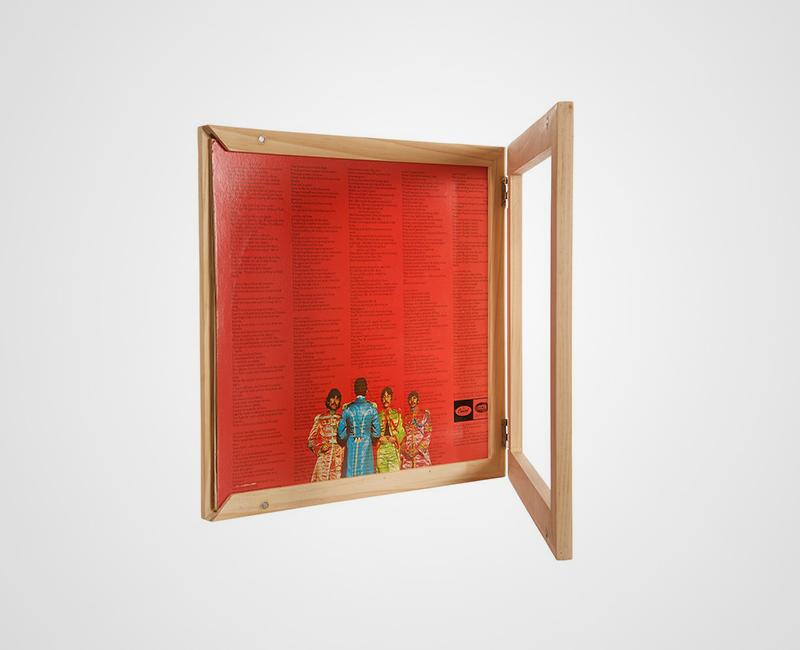 KAIU Record Frame image gallery