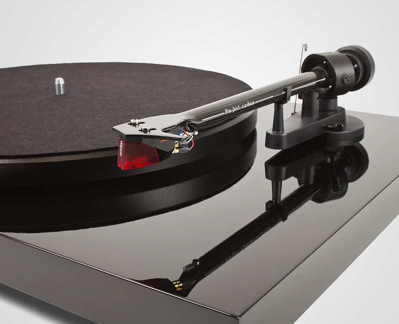 Pro-Ject Debut Carbon DC with Ortofon 2M Red image gallery